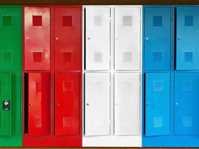 lockers clour.jpg