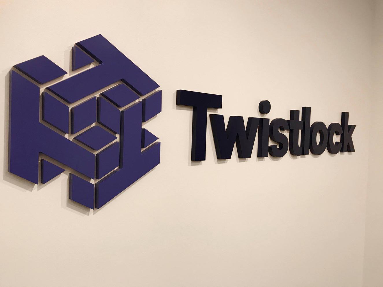twistlock.jpg