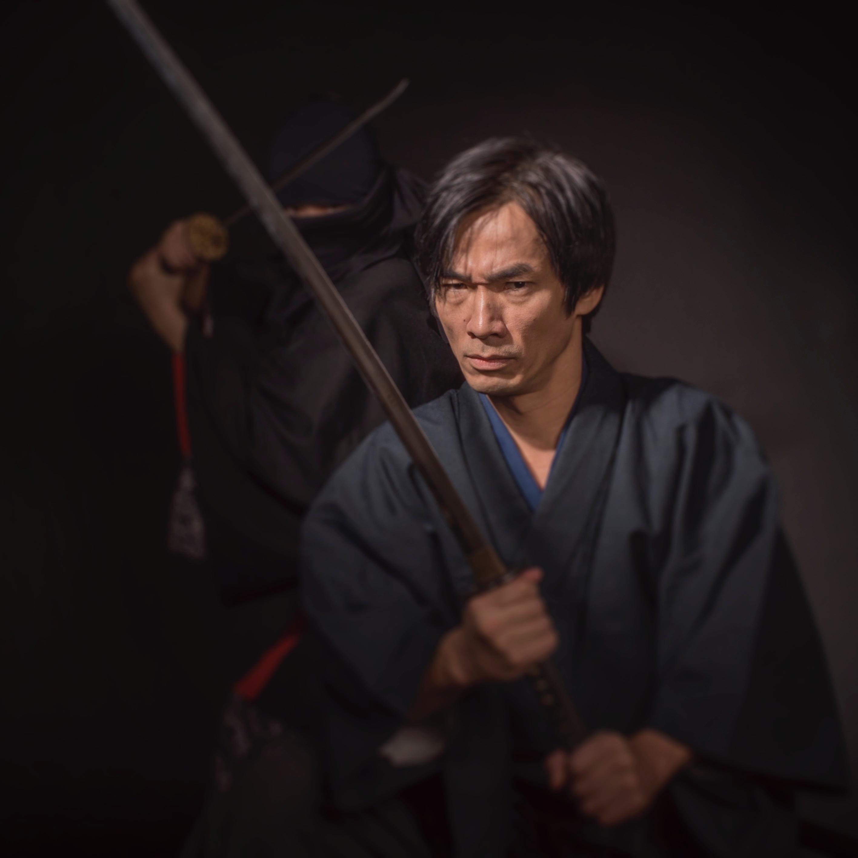 DSC01833-4 samurai serious square