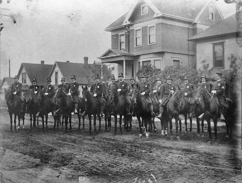 Seattle Police mounted squad, 1912