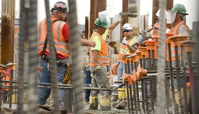 5-Ways-to-motivate-your-construction-wor
