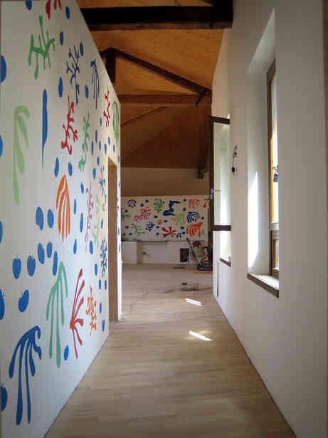 Mural painting in Santa Chiara nursery in Città Sant'Angelo, Italy