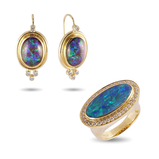 AUSTRAILIAN BOULDER OPAL RING AND EARRINGS WITH DIAMONDS 18 KT YELLOW GOLD