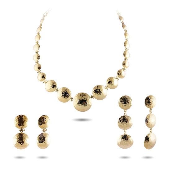 18 KARAT HAMMERED CIRCLES NECKLACE AND EARRINGS