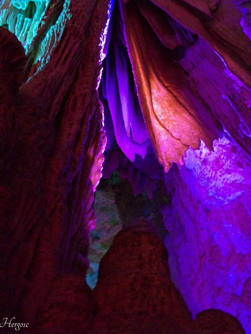 Intérieur d'une grotte
