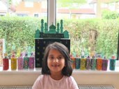 Look at these beautiful Ramadan window decorations, made by this year 2 pupil. They are beautiful!