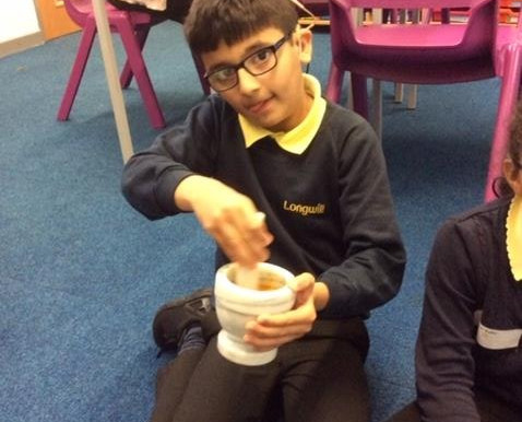 Year 5S created their own paint using different plants. They then created their own natural paint pi