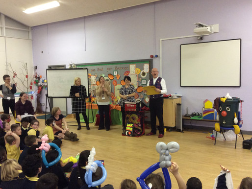 We really enjoyed our visit from Peter Pepper, the magician, who came to school for our Christmas Fu