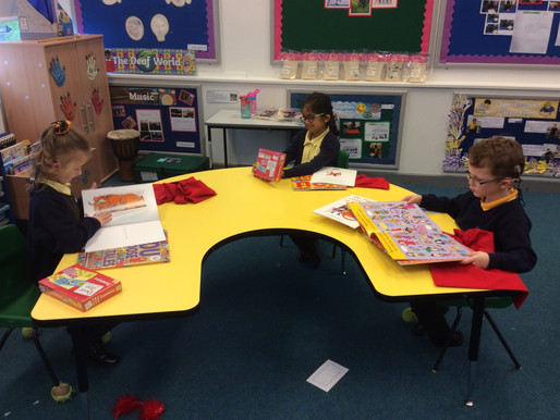 Year 1 (Dolphins) and Year 2 (Badgers) were very lucky to receive a visit by Book Fest..