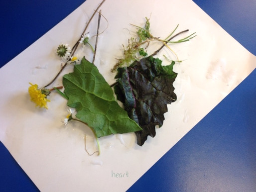 Year 1 have been creating art using natural resources! We had a look at artwork.