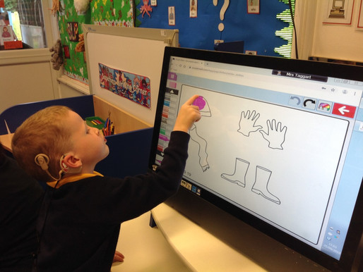 Swan Class (EYFS) really enjoyed using Purple Mash on the computers to design their own winter cloth
