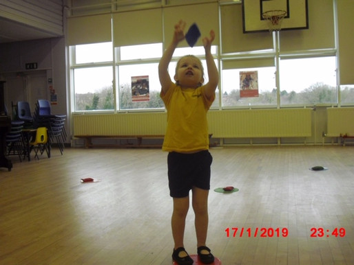 Foundation (Lilies class) have been developing their throwing and catching skills. ROC Article 31 Th