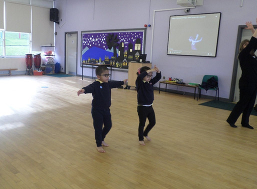 Foundation Swans have really enjoyed learning how to walk like a ballet dancer by pointing our toes