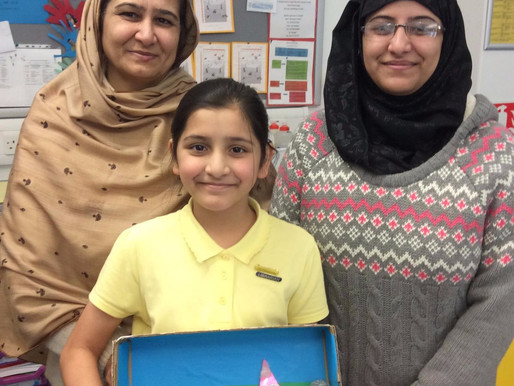 Rowan Class (Y5) had a nice time meeting their parents and sharing their work at our parents morning
