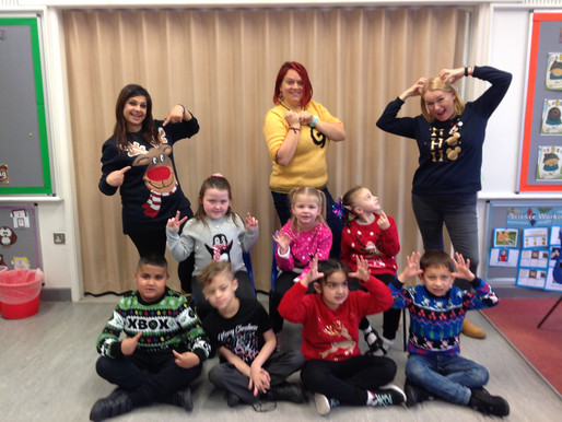 Y2 (Badger Class) enjoyed Christmas Jumper Day.