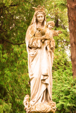 statue%20of%20the%20Virgin%20Mary%20with