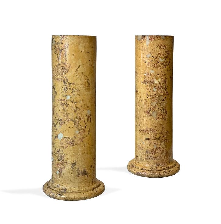 paire de colonnes scaglioles.jpeg