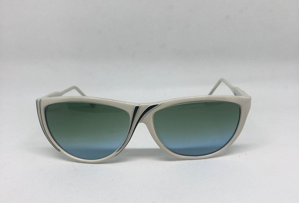 BAUSCH & LOMB vintage sunglasses DEADSTOCK