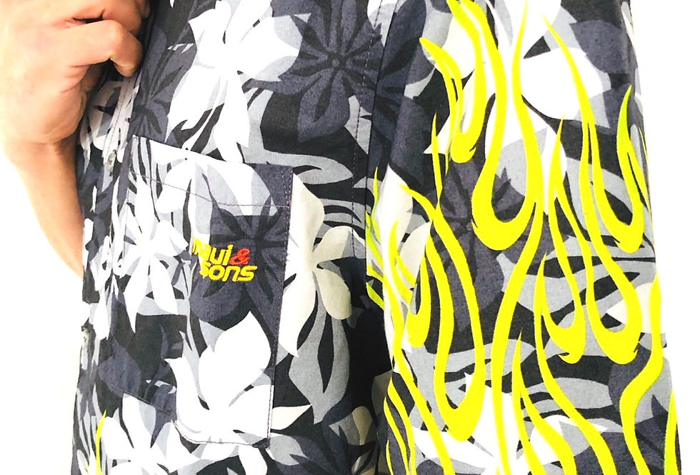camicia-hawaiana-fiori-fiamme-vintage