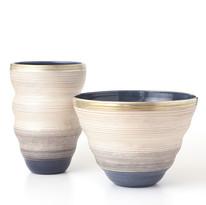 金銀彩線文花器(左)、金銀彩線文鉢
