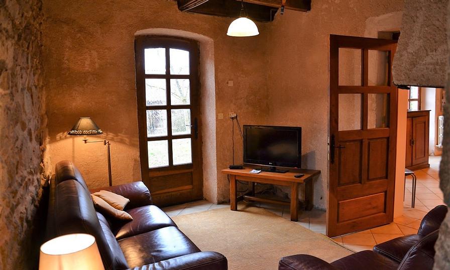 1484 petit salon.jpg
