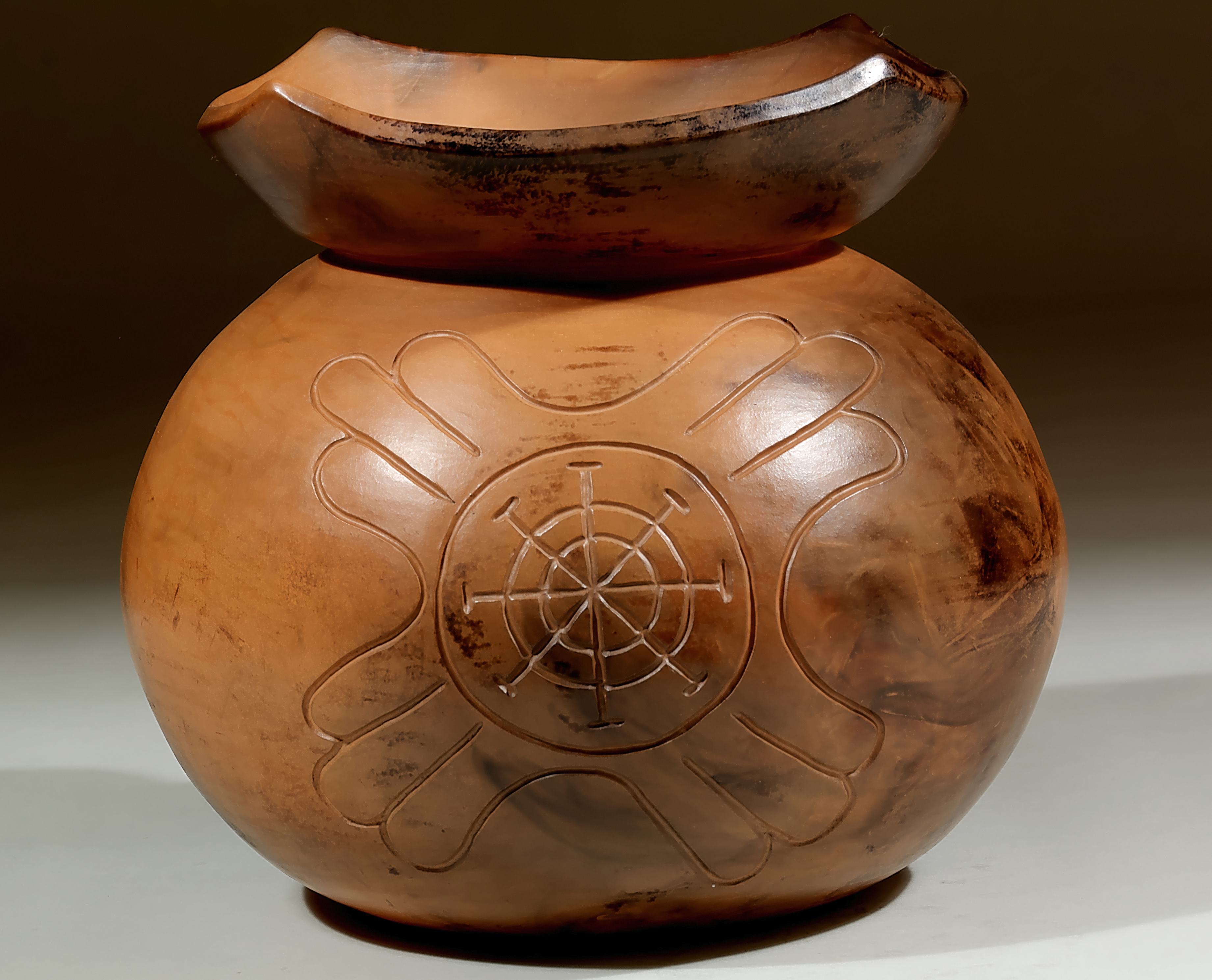 032_Collared Pot