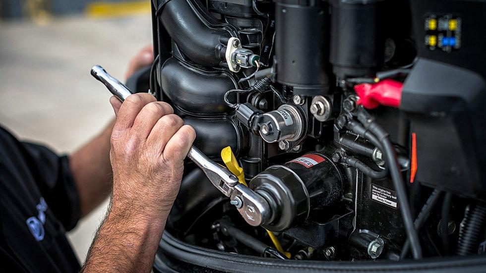 Mercury-Engine-Servicing.jpg