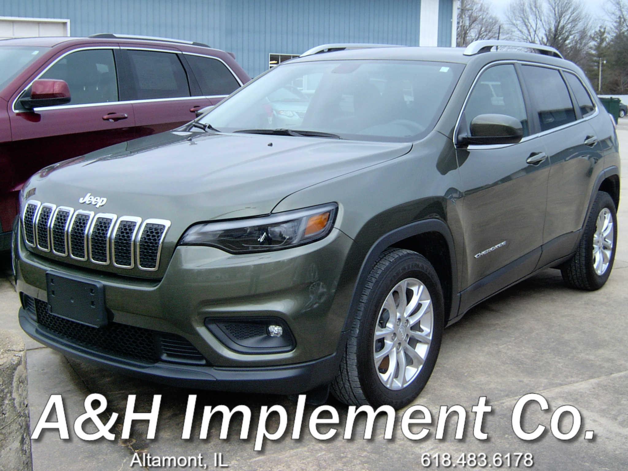 2019 Jeep Cherokee Latitude - Green 1