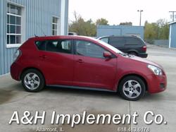 2009 Pontiac Vibe - red 2