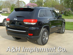 2017 Jeep Grand Cherokee Limited - Black