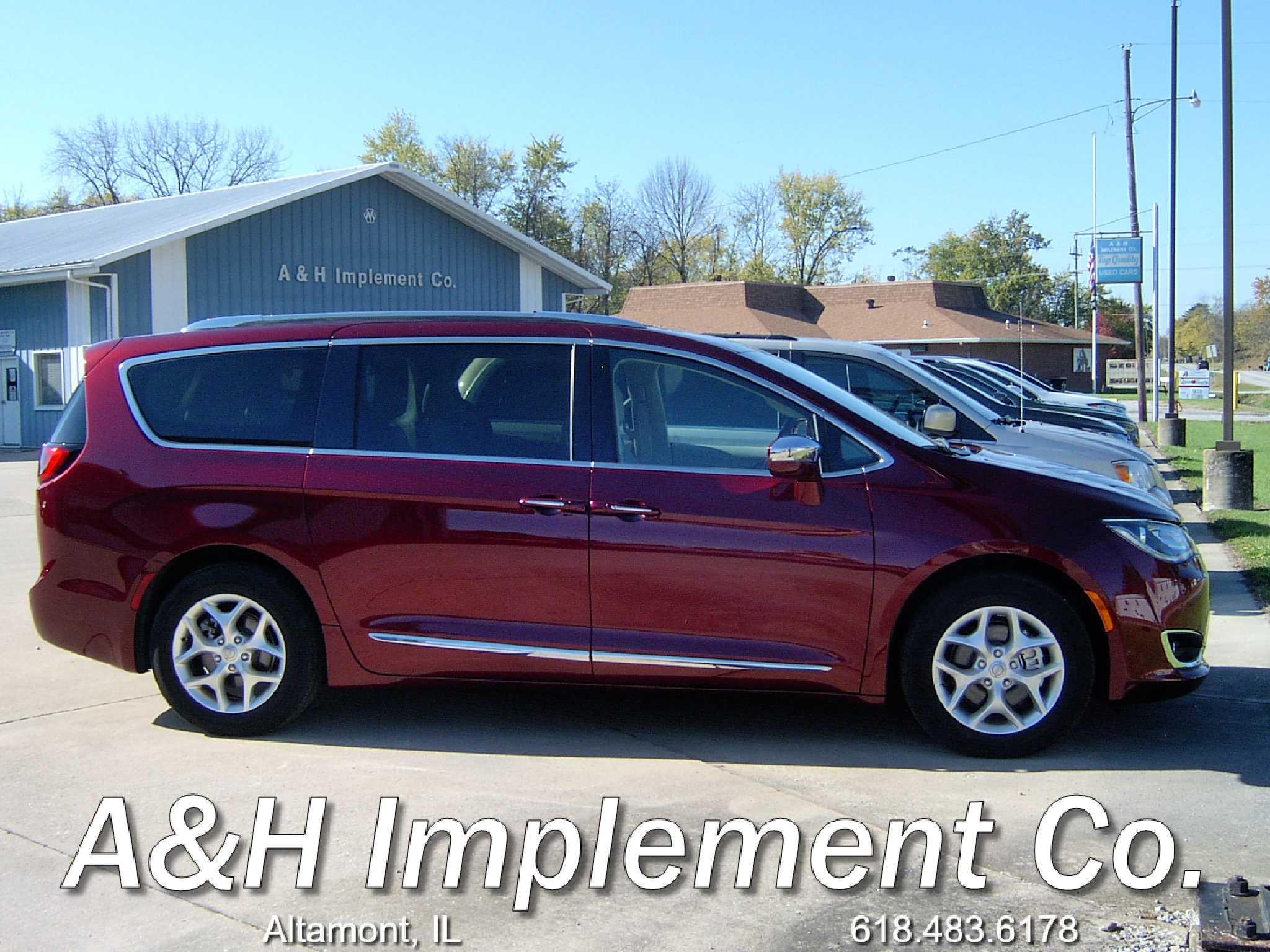 2020 Chrysler Pacifica Limited - Red 1