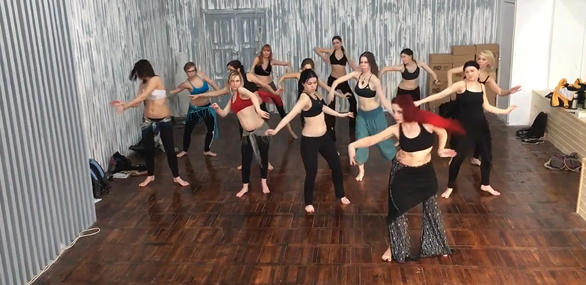 Мастер класс по танцу трайбл фьюжн от Этель. Москва