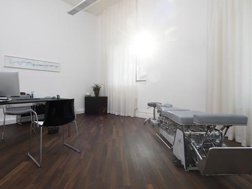 Behandlungszimmer Chiropraktik Winterthur