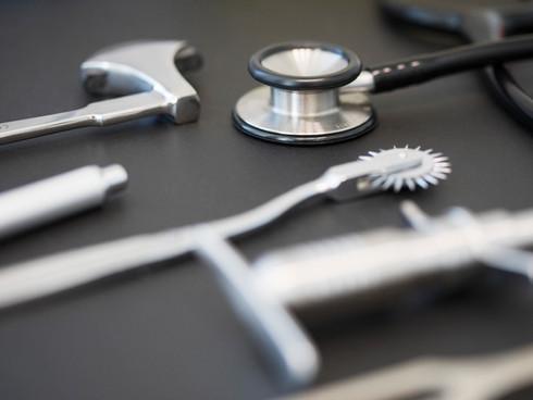 Medizinische Untersuchungsinstrumente Chiropraktik Winterthur