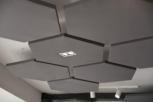 Zavěšené hexagon šedé 3.jpg