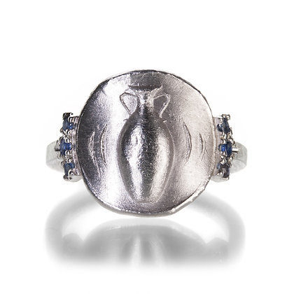 Amphora Ring With Side Stones