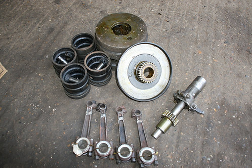 Model N Gearbox, Pistons & Conrods