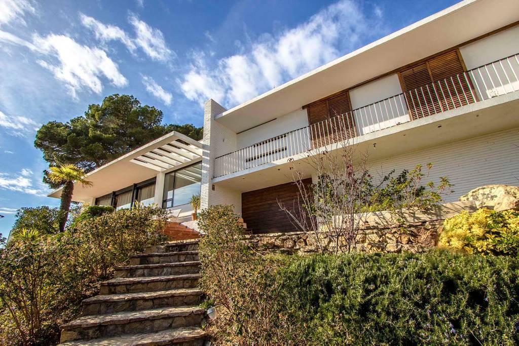 Villa piscina infinita Blanes (3).jpg