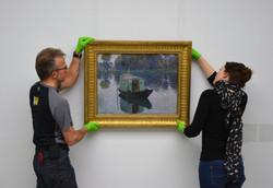 Het-hangen-van-Claude-Monet-Le-bateau-at