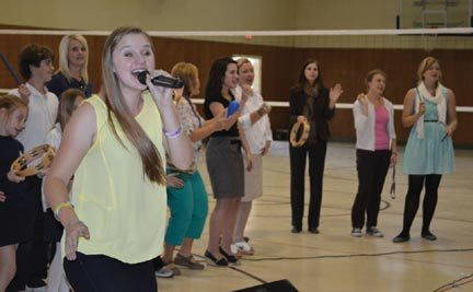 Singer Lizzie Sider speaks out against bullying (Red Bluff Daily News)