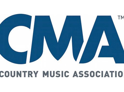"""Country Newcomer Lizzie Sider Named """"HateBraker Hero"""" (CMA Close Up)"""