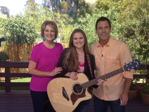 Behind the Scenes at Home & Family, Lizzie's interview and performance