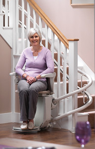smiling-stairlift-lady.jpg