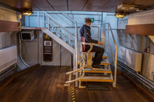 belfast-barge-lift-5.jpg