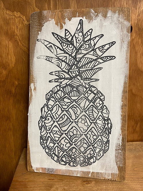 Pineapple Color Decor