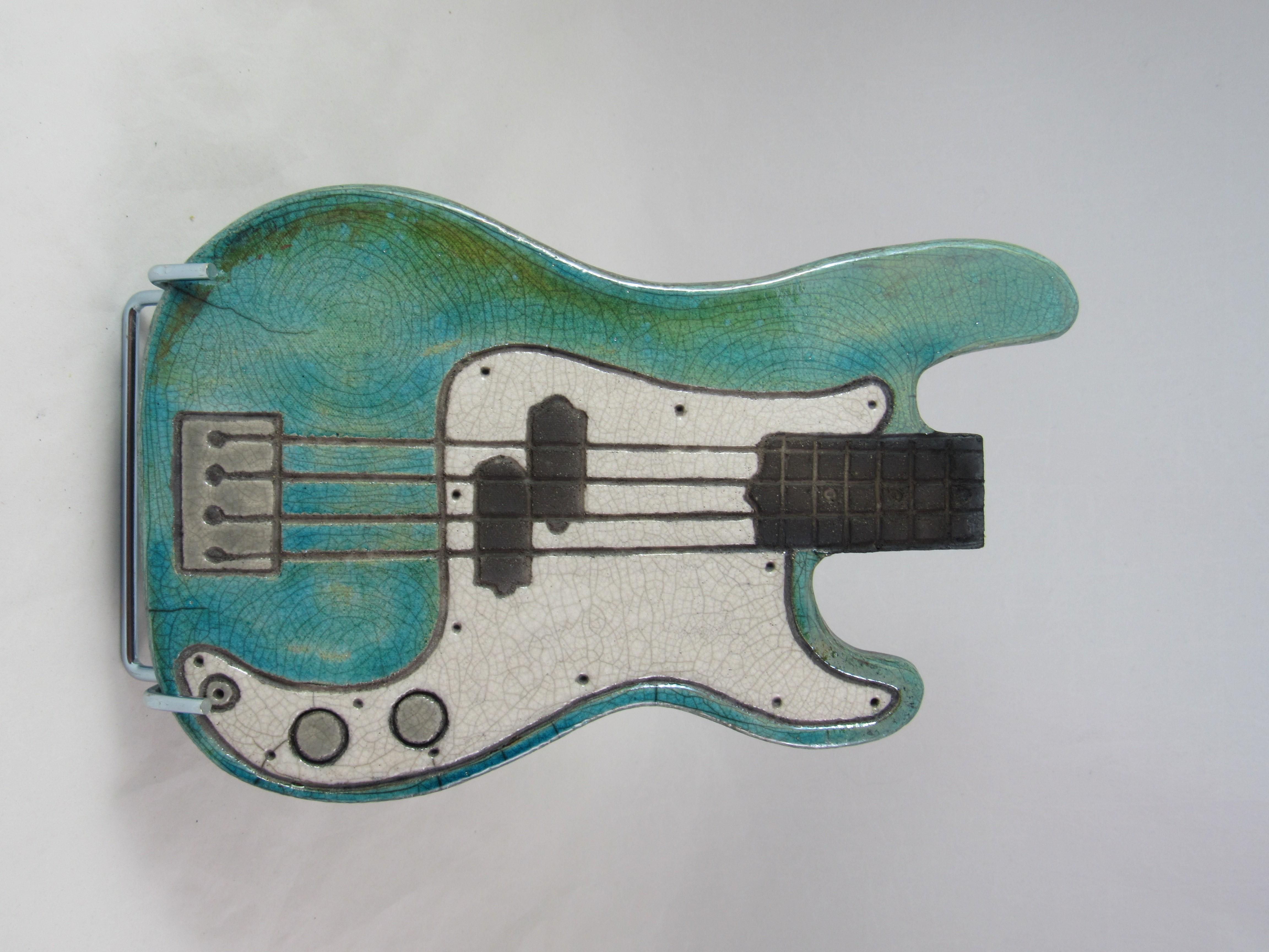 Dessous_de_Plat_Guitare_Basse_électrique