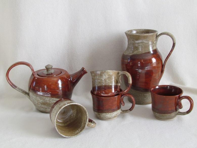 service à thé et pichet