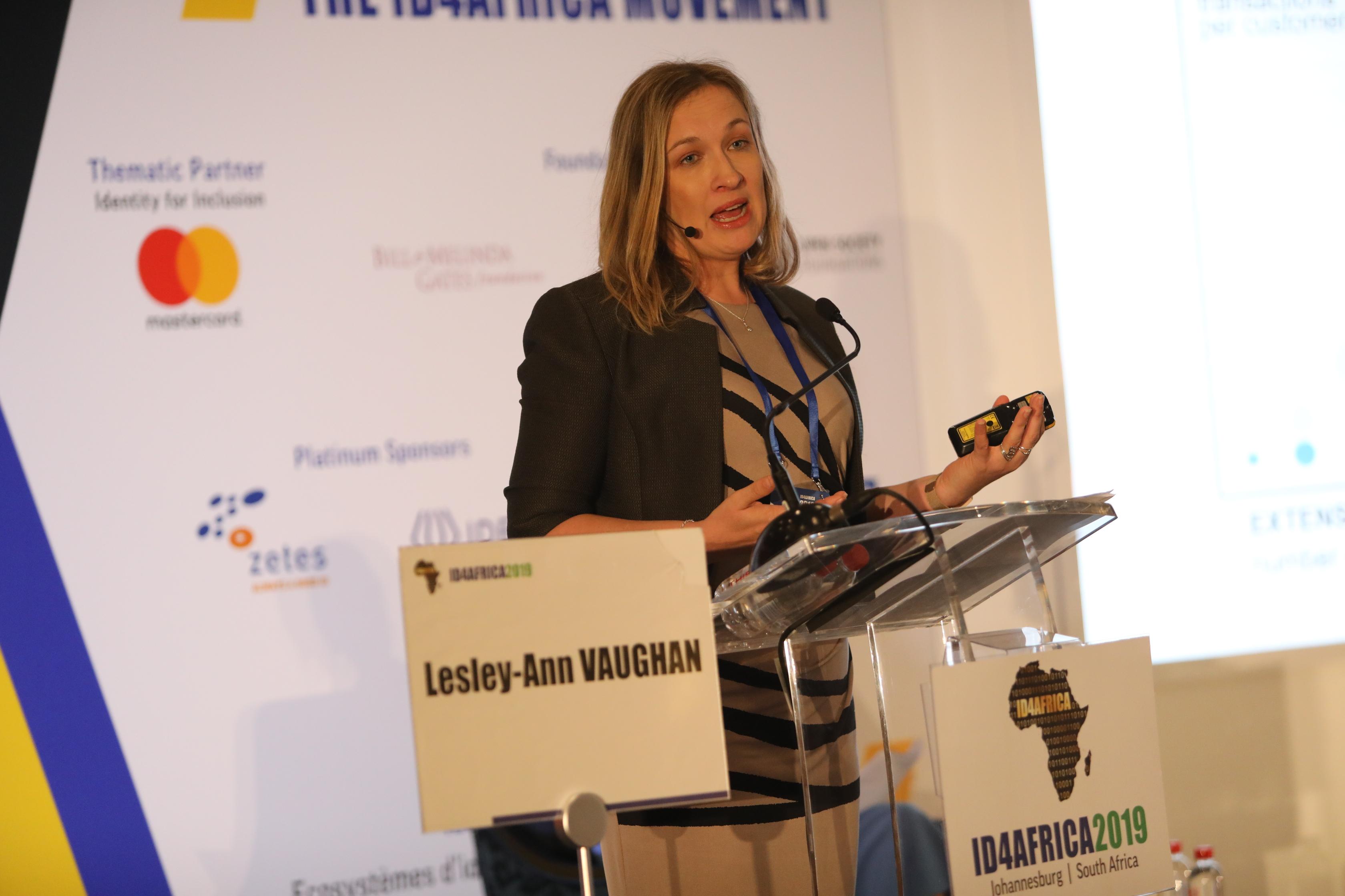 InF10-Lesley-Ann VAUGHAN