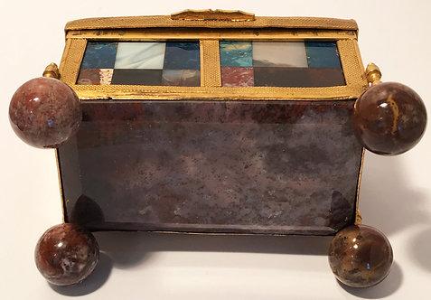 Stein kabinet or stone cabinet