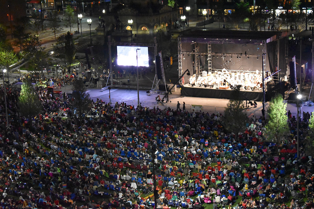 Cleveland Orchestra performs in Public Square